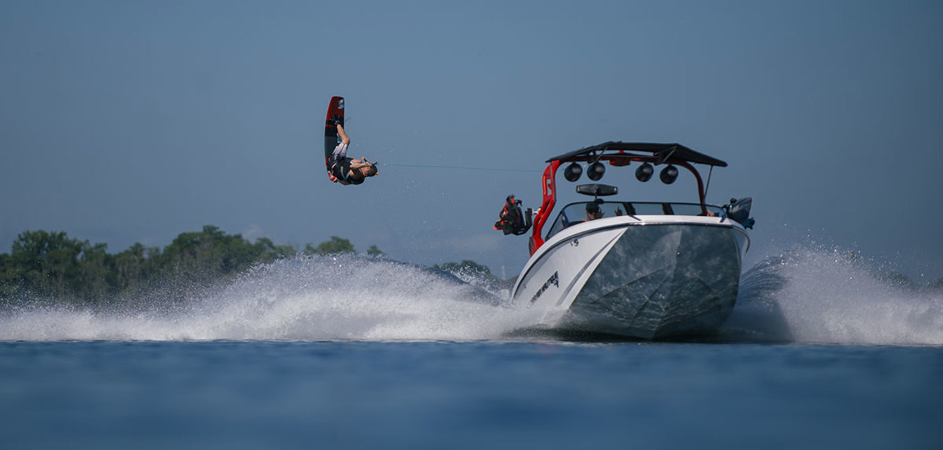Экстерьер Nautique Super Air G21