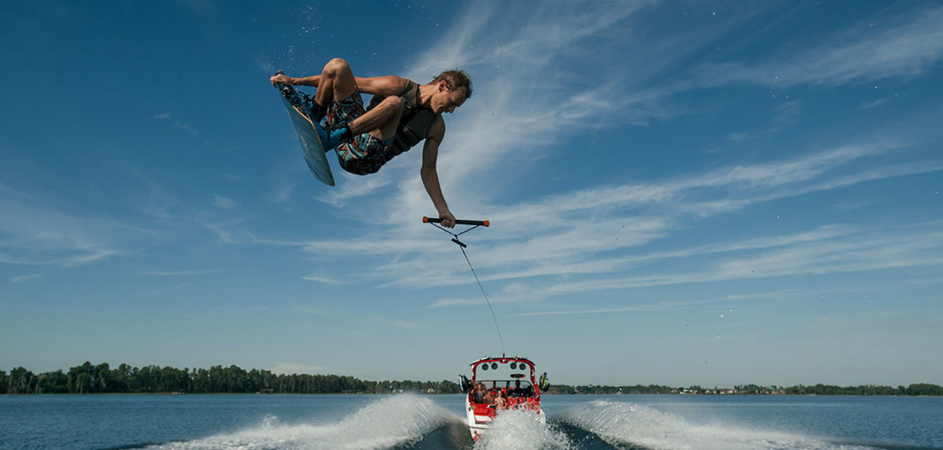 Вейкборд волна за Nautique Super Air G21