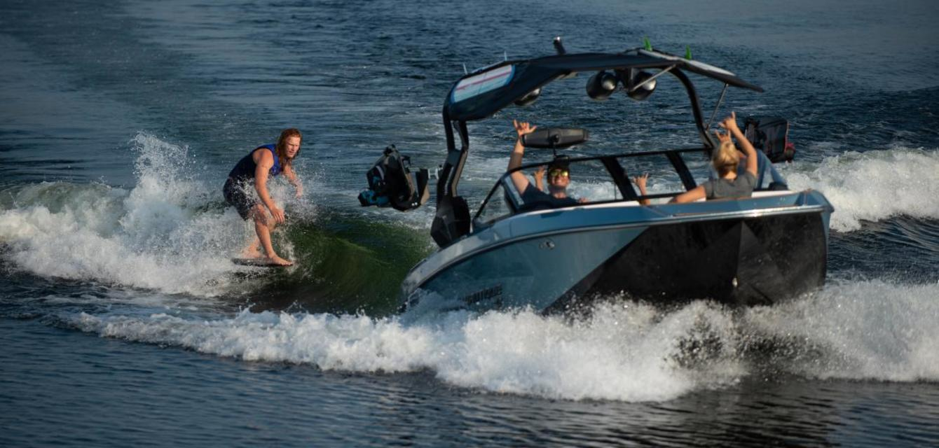 Вейксерф волна за Nautique Super Air G23